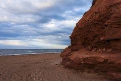 Érosion sur des falaises de grès Image libre de droits