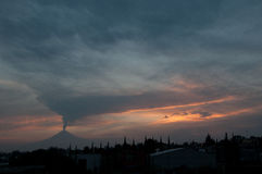 Éruption de Popocatepetl Photo stock