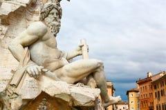 Ésa es Roma, estatua en la plaza Navona Imagen de archivo libre de regalías