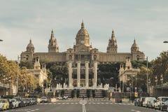 Ésta es una vista delantera del Museo Nacional del turista MNAC del arte catalán foto de archivo libre de regalías
