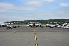 Éste es aeropuerto de Zurich Suiza fotos de archivo