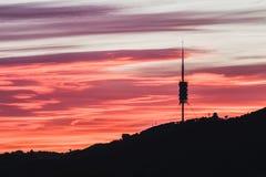 Éste es las telecomunicaciones se eleva en Barcelona fotos de archivo