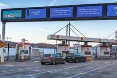 ÉSTOCOLMO, SUÉCIA - 25 DE OUTUBRO: facilidade do terminal da empresa de balsa Viking Line em Éstocolmo, Suécia, o 25 de outubro d Fotografia de Stock
