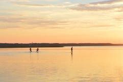 Été, coucher du soleil, le soleil, ciel, l'eau, lac, nature Images libres de droits