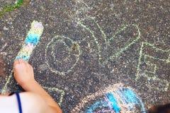 Été, enfance, loisirs et concept de personnes - petit Gir heureux Photo libre de droits