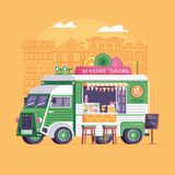 Été Juice Truck Selling Fruits et boissons Images libres de droits