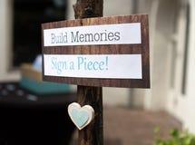 Établissez les souvenirs et signez un signe de morceau images libres de droits