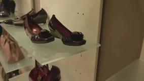 Étagère de chaussure banque de vidéos