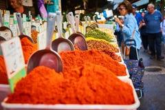 Étagères d'épices en Carmel Market Images libres de droits