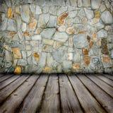 Étage de mur en pierre et de bois de construction photographie stock