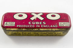 Étain de vintage pour d'OXO cubes en bouillion Photographie stock libre de droits