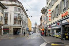 Étalage dans des rues de ville Photographie stock libre de droits
