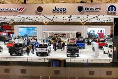 Étalage de Chrysler étant montrée à un salon de l'Auto image libre de droits