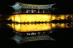 Étang d'Anapji et palais de Donggung Photo stock