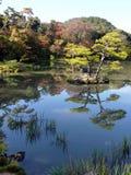 Étang d'Autumn Reflection de Japonais Images libres de droits