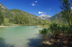 Étang d'eau près du lac de Cavazzo Photographie stock libre de droits