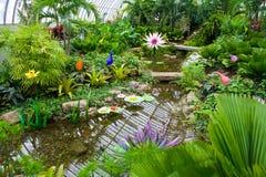 Étang et jardins chez Phipps photographie stock libre de droits