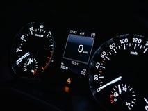 étape importante de 10000 kilomètres sur une voiture image stock