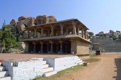 Étape pour des programmes cutural Hampi, Karnataka images stock