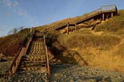 Étapes de la plage pour bluffer le dessus Images libres de droits