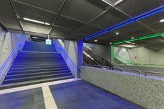 Étapes lumineuses dans la station de train pendant le Luminale en Frank Photo stock