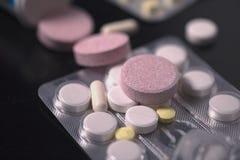 Étapes rosâtres de médecine Image libre de droits