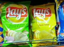 Étend des pommes chips Images libres de droits