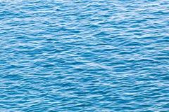 Étendue de l'eau dans le lac comme contexte photo libre de droits