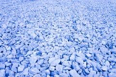 Étendue du gravier bleu Image utile comme fond - image modifiée la tonalité image stock