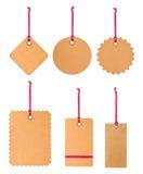 Étiquette blanc attachée étiquette de vente des prix d'étiquette de cadeau de l'adresse etc images libres de droits