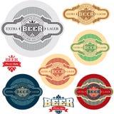 Étiquette de bière. Positionnement d'étiquettes d'alcool. Photos stock