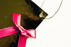 étiquette de cadeau sur le fond blanc Photographie stock