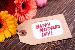 Étiquette de jour du ` s de fleurs et de mère Images libres de droits
