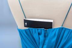 Étiquette de robe Photographie stock