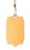 Étiquette vide attachée avec de la ficelle brune d'isolement contre un backgr blanc Images stock
