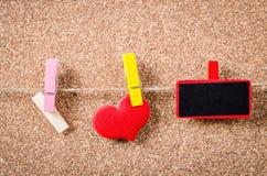 Étiquette vide avec le coeur rouge prêt pour votre texte ou message Images libres de droits