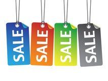 Étiquettes colorées de vente avec le fil Photo libre de droits
