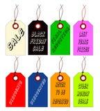 Étiquettes de magasin discount avec de la ficelle sur le fond blanc Photographie stock libre de droits