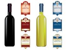 Étiquettes et bouteilles de vin Photographie stock