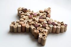 Étoile de lièges de vin sur le fond blanc photo stock