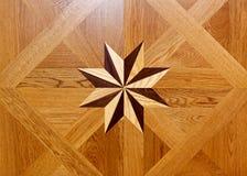 Étoile en bois Images libres de droits