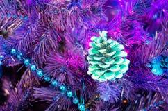 étoile 2017 lumineuse de fond de tradition d'hiver d'année de Noël de vacances de coq de Noël photographie stock