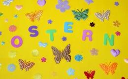 Étoiles de fleurs de papillons de ressort de dimanche de Pâques Photos stock