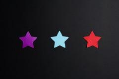 Étoiles de papier de différentes couleurs Photo stock