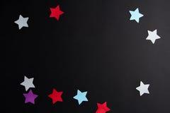 Étoiles de papier de différentes couleurs Images libres de droits