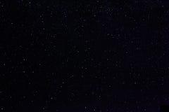 Étoiles en ciel de nuit photographie stock