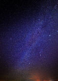 Étoiles en ciel nocturne photos libres de droits