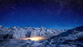 Étoiles et lumières Les relations chimiques Photo libre de droits