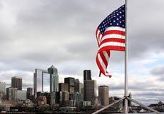 Étoiles et pistes au-dessus de Seattle Photographie stock libre de droits