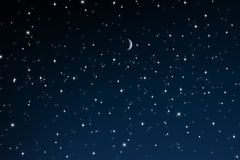 Étoiles la nuit avec le croissant de lune photos stock
